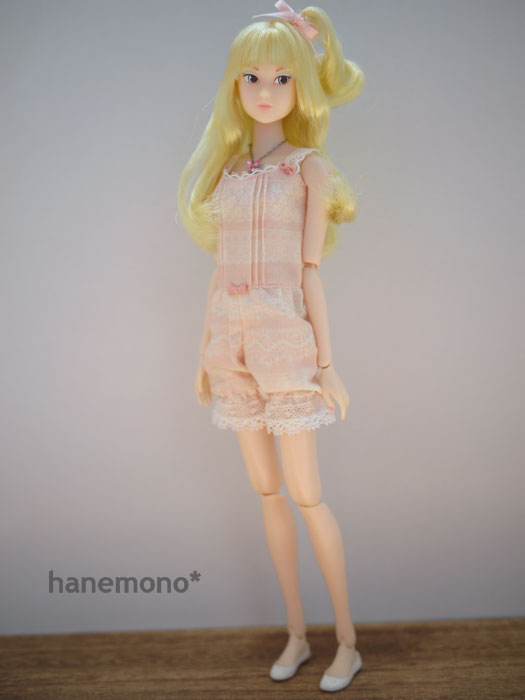 http://momoko.so-i.net/img/100623b10ls3.jpg