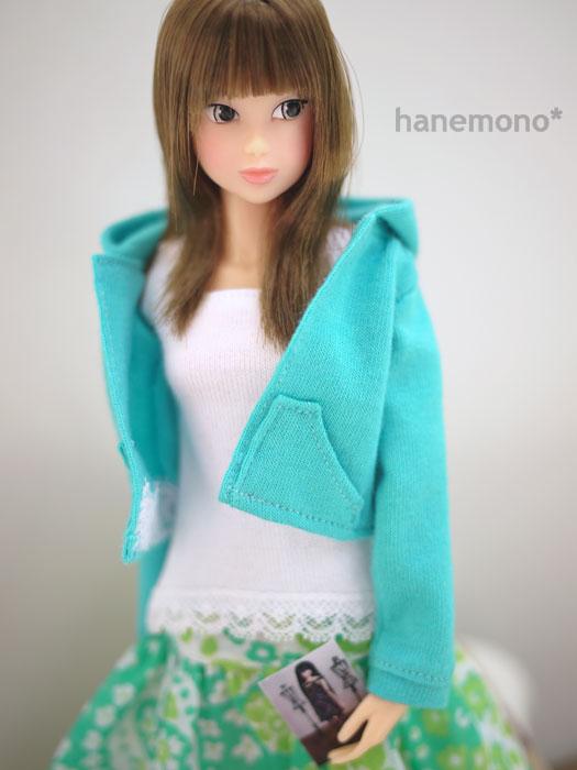 http://momoko.so-i.net/img/101009b08ad1.jpg