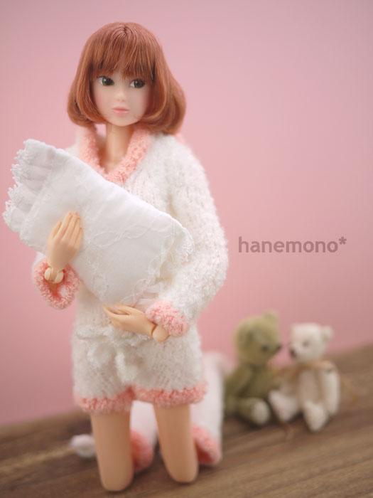 http://momoko.so-i.net/img/101216b10ac3.jpg