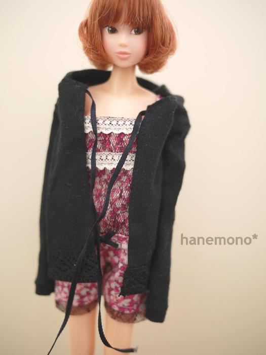 http://momoko.so-i.net/img/110217b10ac2.jpg