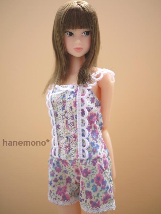 http://momoko.so-i.net/img/110812b08ad2.jpg