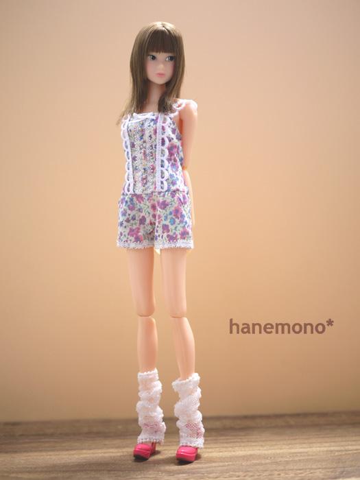 http://momoko.so-i.net/img/110812b08ad4.jpg