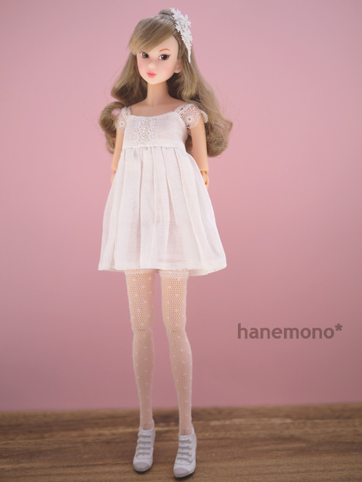 http://momoko.so-i.net/img/110815b11ud3.jpg
