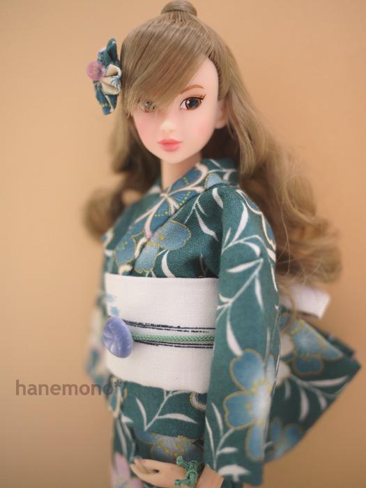 http://momoko.so-i.net/img/111020b11ud3.jpg