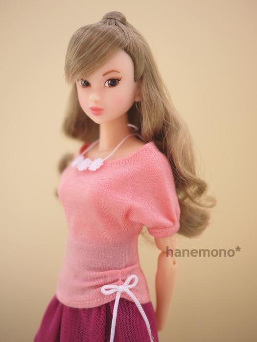 http://momoko.so-i.net/img/111030b11ud2.jpg