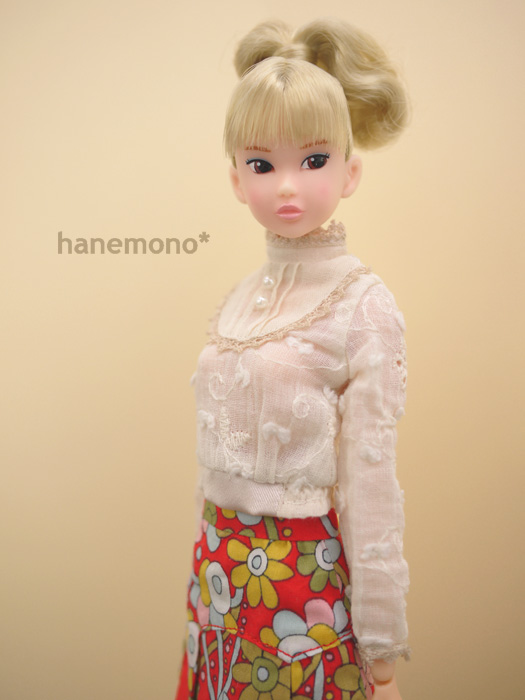 http://momoko.so-i.net/img/111228b11ps2.jpg
