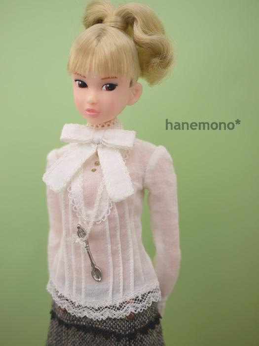 http://momoko.so-i.net/img/120110b11ps2.jpg