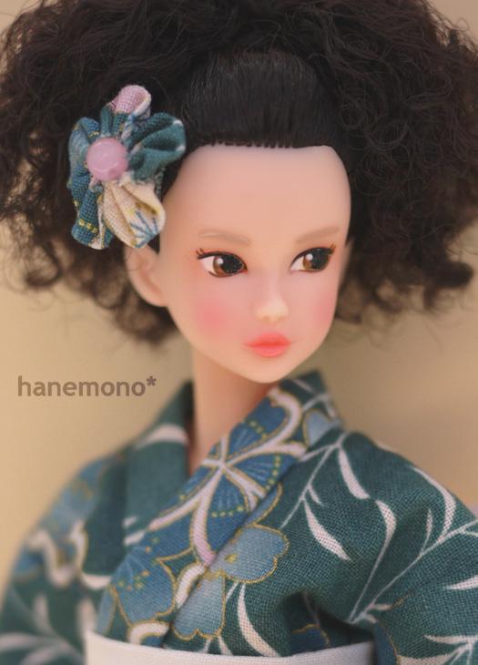http://momoko.so-i.net/img/120921b12t6k1.jpg