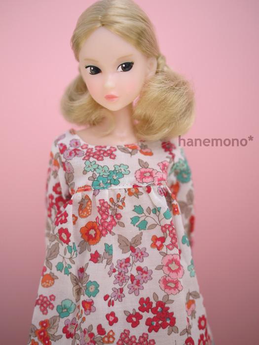 http://momoko.so-i.net/img/121008b12sd2.jpg