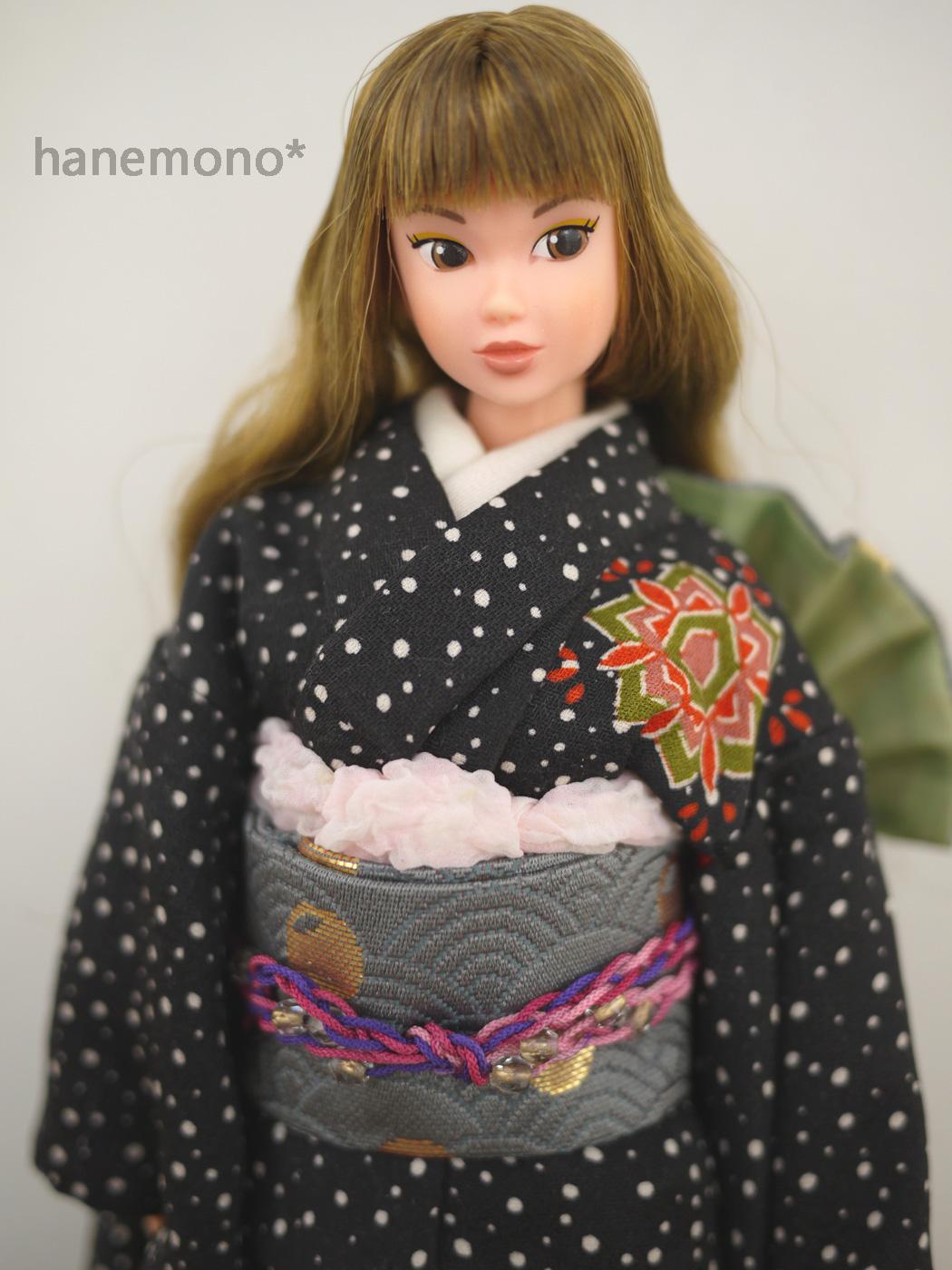http://momoko.so-i.net/img/130101b11rdl1.jpg