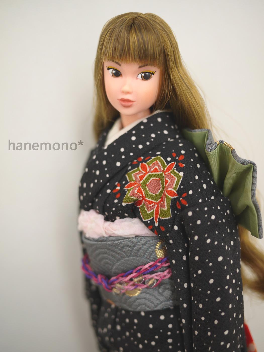 http://momoko.so-i.net/img/130101b11rdl2.jpg